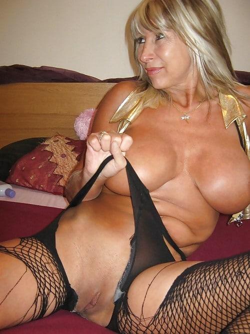 Femme mature cherche homme jeune [PUNIQRANDLINE-(au-dating-names.txt) 48